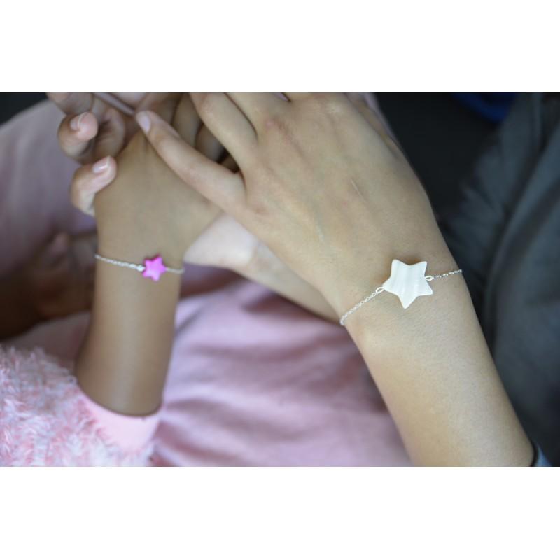 Bracelet etoile blanche nacre pour maman