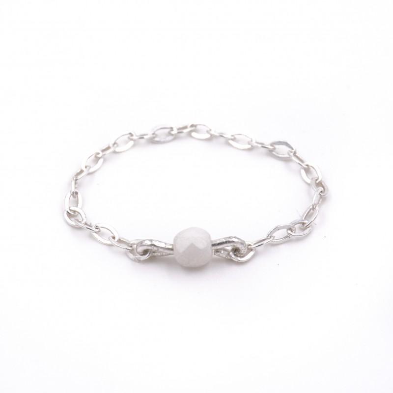 """bague perle blanche et argent 925 - 2 bagues avec la perle blanche """"brute"""" diponibles en taille 52 - 1 bague blanche céramique disponible en taille 53"""