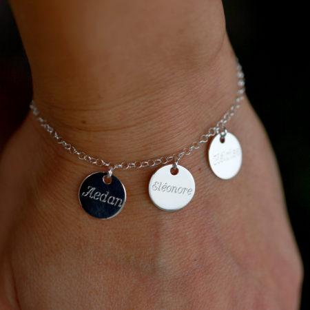 Bracelet médaillons prénoms gravés